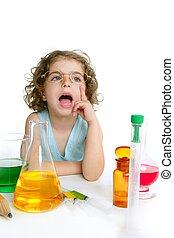 smukke, kemi, lille pige, spille, ind, laboratorium.
