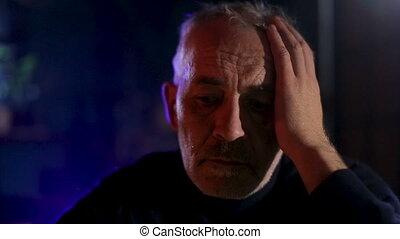 smutny, posiedzenie, senior, thoughtfull, dziad, kominek, wyrażenie