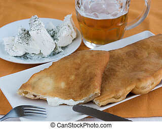 Snack pie with cheese and beer