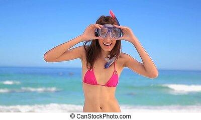 snorkel, masque souriant, femme, porter