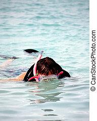 snorkeling., człowiek