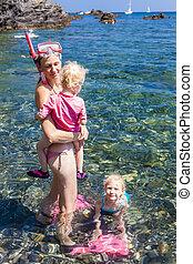 snorkeling, em, mar mediterrâneo, frança