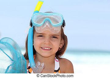 snorkeling., mała dziewczyna