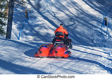 Snow banana boat for tubing
