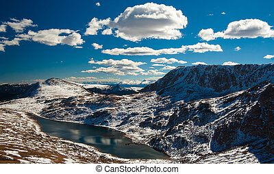 Snow-capped mountains, Beartooth Pass close to Yellowstone National Park, Wyoming, USA