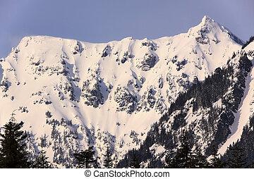 Snow Covered Mount Chikamin Peak Winter Snoqualme Pass Wenatchee National Forest Wilderness Washington
