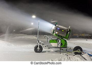 Snow gun