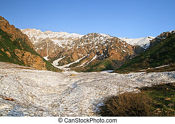 Snow in Chimgan mountains