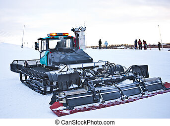 snow machine (close)