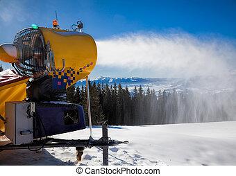 Snow making gun - Snow making machine at a ski resort
