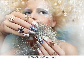 Snow manicure.
