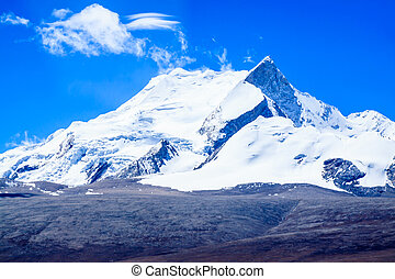 Snow mountain range, Tibet