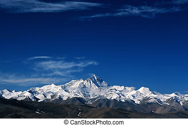 Snow mountains in th - The view in Tibet