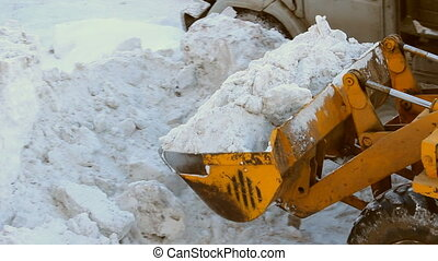 Snow removal tractor