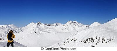 snowboarder, e, vista panoramic, ligado, refúgio esqui