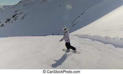 Snowboarder falling over on the slope - Snowboarder falling...