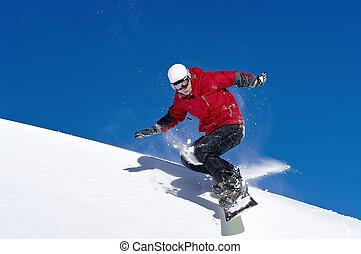 snowboarder, pular, através, ar, com, profundo, céu azul
