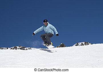 snowboarder, saltare, il, montagne