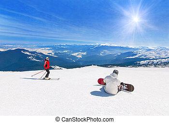 snowboarder, sport, sciare più skier, vacanze, in discesa,...