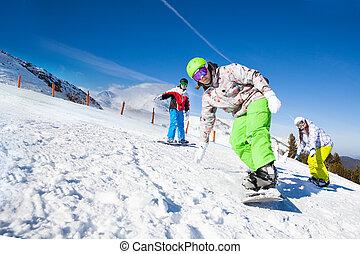 snowboarding, mann, friends, bergab, eins