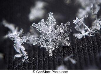 Snowflake big shiny star