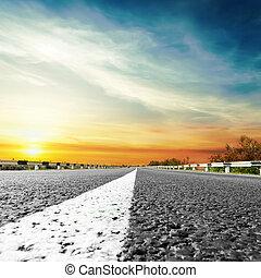 sobre, pôr do sol, estrada asfalto