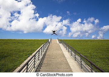 sobre, success.happy, pular, homem negócios, escadas, topo