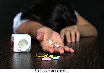 sobredosis, pilss, mujeres
