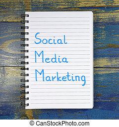 Social Media Marketing text