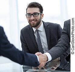 socio, affari, up.businessman, nuovo, chiudere, benvenuti