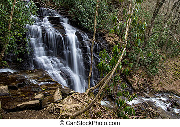 Soco Falls In North Carolina - Beautiful and popular Soco...