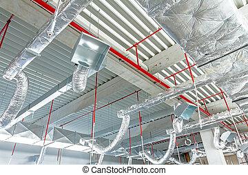 soepel, lucht conditionerend, en, brandbestrijding, systeem, is, geplaatste, op, de, plafond