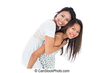 soeur, femme, elle, donner, cavalcade, ferroutage, asiatique, sourire