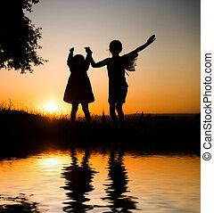 soeurs, jeune, deux, silhouette