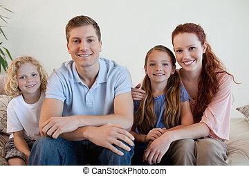 sofá, familia , feliz