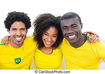 sofá, futebol, feliz, brasileiro, sentando, ventiladores, amarela