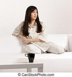 sofá, mujer