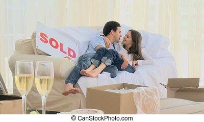 sofa, couple, agréable, mensonge
