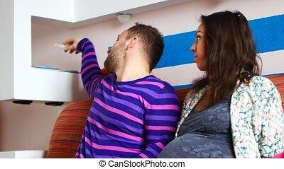 sofa, couple, femme relâche, pregnant