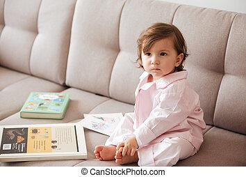 sofa, enfant, songeur, séance
