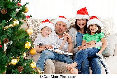 sofa, noël, portrait famille