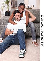 sofa, paar, vrolijke