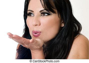 soffiando bacio