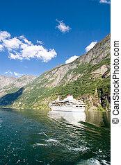sognefjord, norvège, croisière