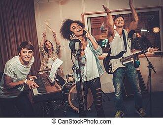sok nemzetiségű, előadó, feljegyzés, banda, zene studio