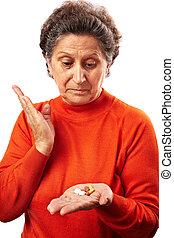 sok, senior woman, pirula