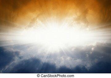 sol brilhante, em, céu escuro