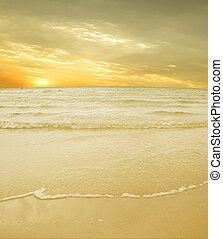sol, céu, mar