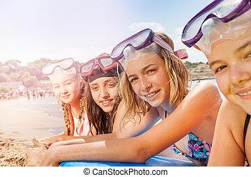 sol, efter, piger, garvning, strand, snorkeling