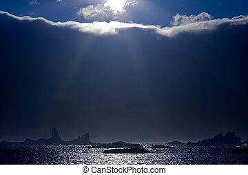 sol, icebergs